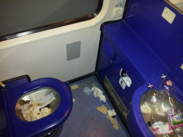 migrants-in-sweden-by-train12